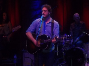 Live Review: Amos Lee – Variety Playhouse – Atlanta, GA