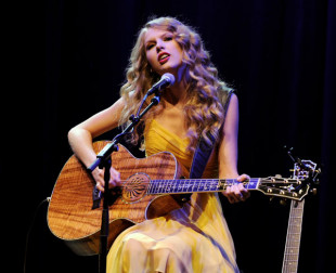 Q&A with Taylor Swift at All for the Hall Fundraiser, L.A.