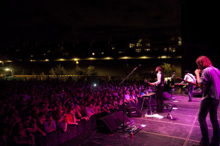 Concert Review: Band of Horses – Greek Theater, LA, 9-25-10