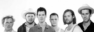 Old Crow Medicine Show Gets Carried Away